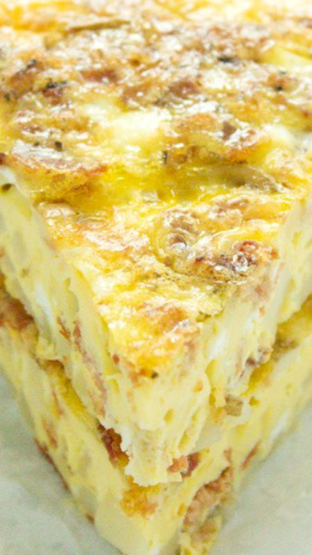 A delicious potato bacon egg breakfast casserole recipe that is a crowd-winner and can be prepared ahead of time!!