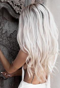 3/4 Full Head One Piece Clip in Hair Extensions White Blonde #60