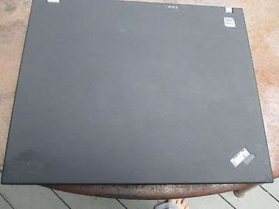 "LENOVO T61 STANDARD 14.1"" 4X3 2GB RAM 2.2GHZ INTEL NO POWER. DOES NOT TURN ON."