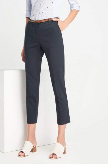 Pantaloni la dungă