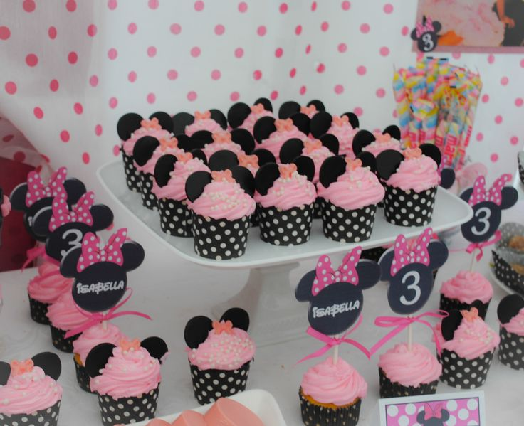 Minnie Mouse 3rd Birthday Party By: La Chic Treat MINNIE MOUSE CUPCAKES..DELISH! www.LaChicTreat.com 631.747.2630