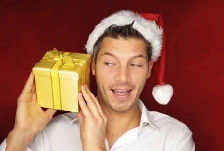 Hello les girls! On fête Noel dans moins de 2 mois et vous n'avez toujours aucune idée de cadeau pour votre chéri? C'est vrai qu'il est souvent plus difficile de...