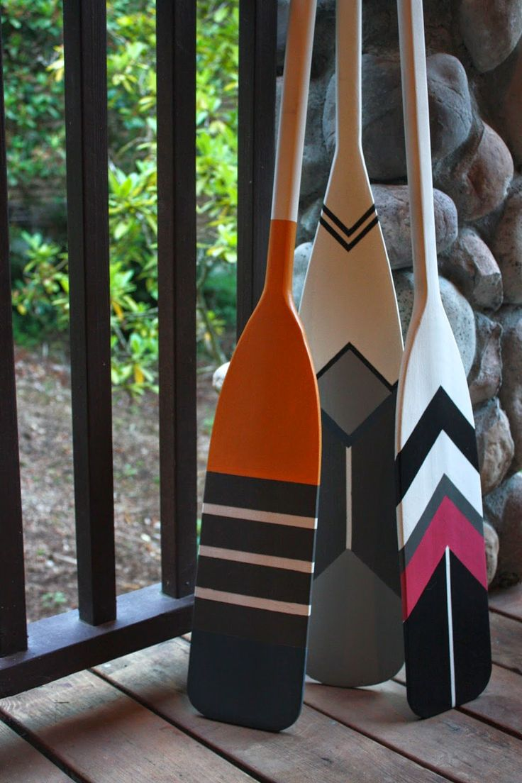 Great color and pattern painted on these canoe paddles. My Sweet Savannah: ~thrifty thursday~{painted canoe paddles}