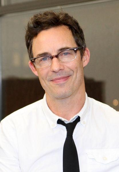 Glasses - Tom Cavanagh Joins CW Pilot THE FLASH
