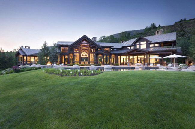 Luxuriously modern Colorado mountain home