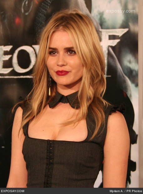 Hollywood Actress Alison Lohman Photos. Pics, Picture, Photo shoot « Rakul's Blog