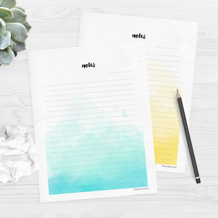 Free printable watercolour stationery. This is such a pretty design, and there are two different designs to choose from. Great for letter writing or note paper. Click through to download the files for free.