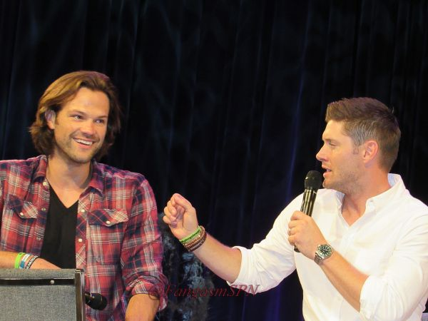 Jared, Jensen and Misha at an Emotional Minncon (with J and J Meet and Greet Tidbits) - Fangasm.  Interesting!!