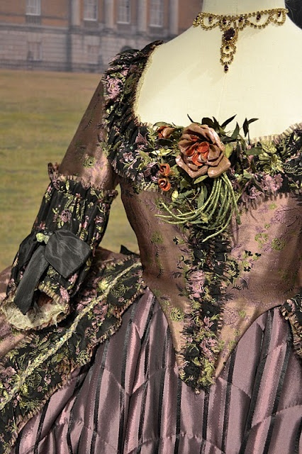 The Duchess .... incredibly beautiful costumes on this blog!!! C: