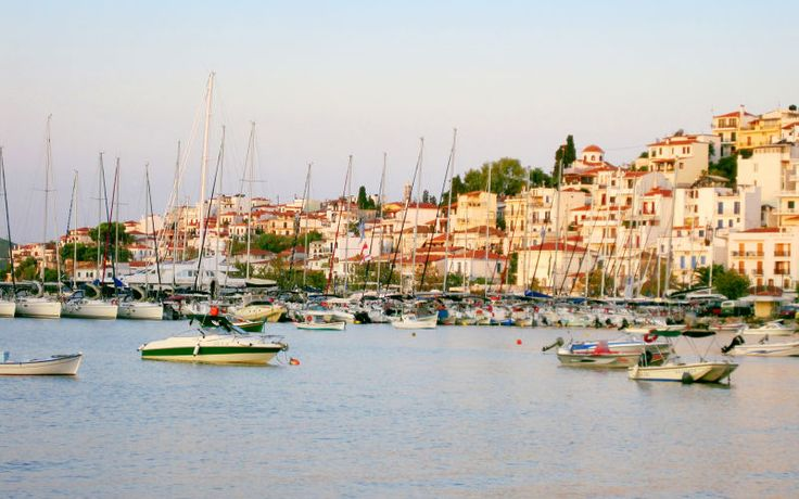 Rejs med familien til Skiathos til sommer. Se mere på http://www.apollorejser.dk/rejser/europa/graekenland/skiathos