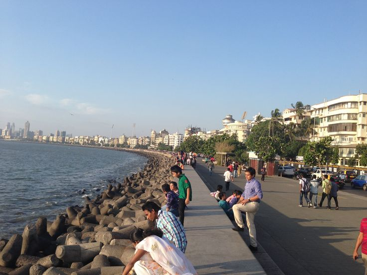 Necklace of Mumbai, during the day.