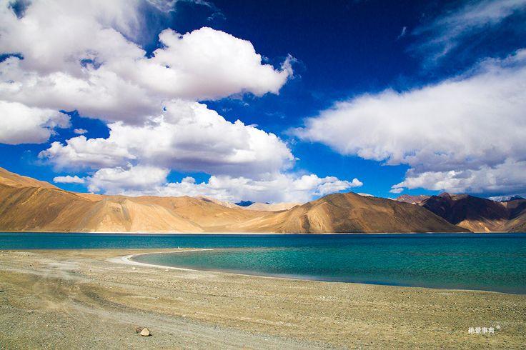 Pangong Tso パンゴン湖    /インドの北西 標高約4200mの世界で一番高い所にある塩湖