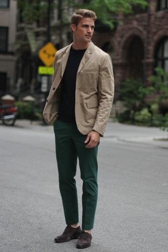 Love those green pants, David: Green Jeans, Men Clothing, Street Style, Stylish Clothing, Men Fashion, Street Style Fashion, Stylish Men, Green Pants, Chicago Street