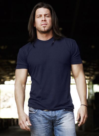 Christian Kane rocks on 'Leverage' and on new country album | VIP