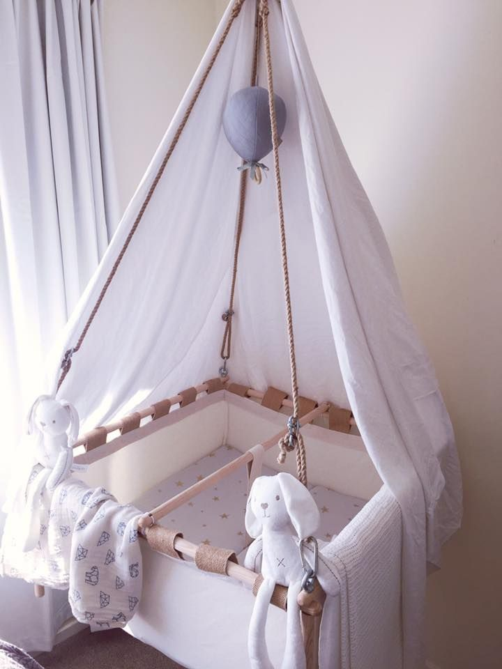 Kindekeklein Hanging Cradle