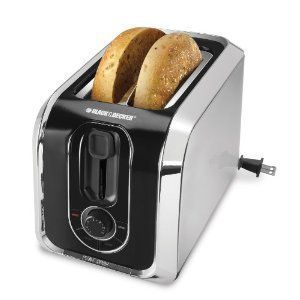 #bestoftheday #FF The Black & Decker 4 Slice Toaster TR1400SB is a basic yet still multi-functional toaster. This is the perfect toaster for those busy mornings when you still need to grab a quick bite. The Black & Decker 4 Slice Toaster provides you with a variety of toasting options. This toaster allows...