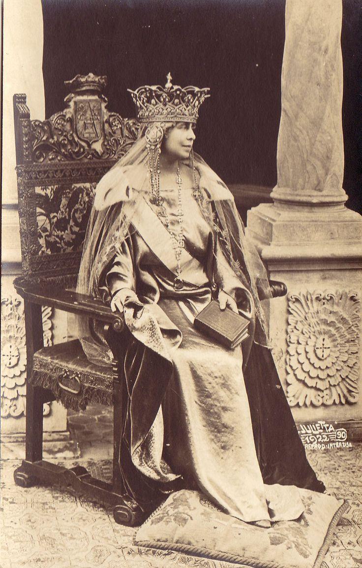 Imagini pentru coroana reginei maria