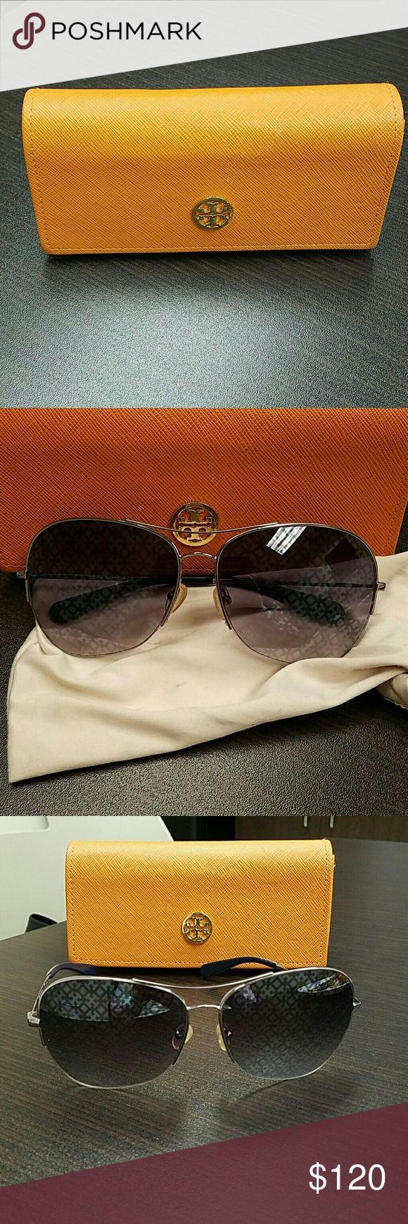 Tory Burch women's aviator sunglasses Silver women's aviator sunglasses. Tory Burch Accessories Sunglasses