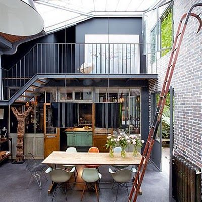 Great modern loft with a glass ceiling brick wall and a moveable removable ladder lofts - Table atelier industriel ...