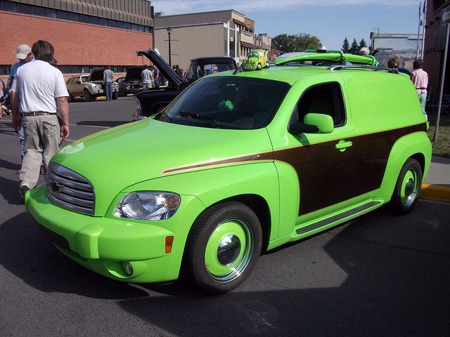 Very green Chevrolet HHR with fake wood paneling. : hhr door - pezcame.com