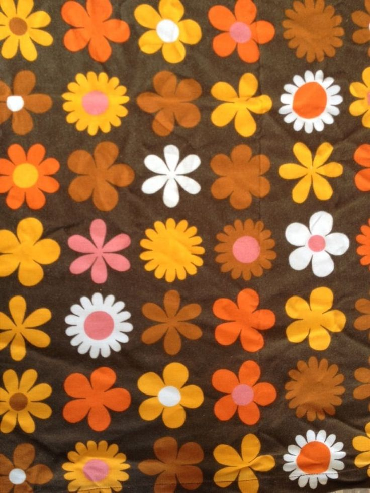 Vintage 1970s curtains stylised flower material retro funky old hippy fabric This is my childhood in material!