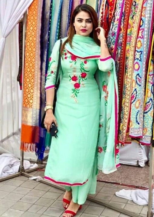 ec90256fe5 @manidrehar❤ | Suit | Embroidery suits punjabi, Punjabi salwar suits,  Designer punjabi suits