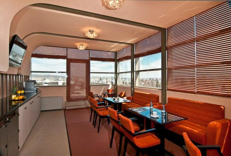 Executive Lounge - Floor No. 4