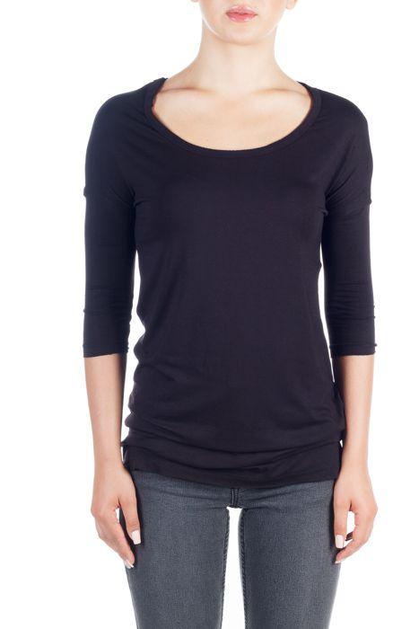 MALIN BLACK Bluză neagră cu mâneci 3/4 femei. GET it HERE >> http://superjeans.ro/branduri/superjeans-of-sweden/malin-black-bluza-cu-maneci-3-4-pentru-femei.html