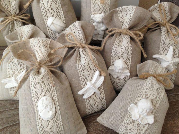 Pochette tissu lin lavande cadeau invités                                                                                                                                                                                 Plus