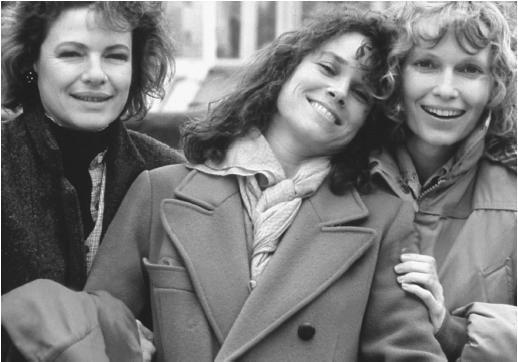 Hannah and Her Sisters--Diane Wiest, Barbara Heshey, Mia Farrow--My favorite Woody Allen movie!
