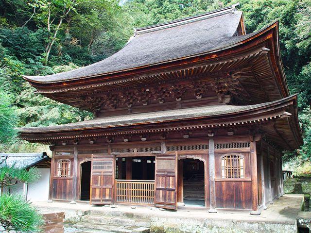鎌倉・円覚寺    舎利殿の外観