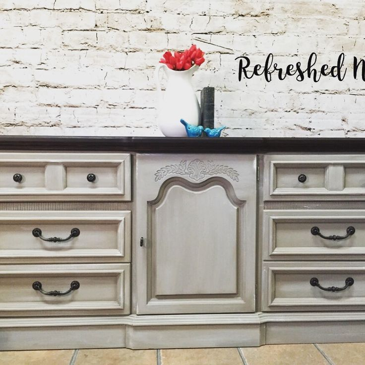 Nest. Restoration Hardware Weathered Sand Gray Finish With A Expresso  Stained Wood Top. $450