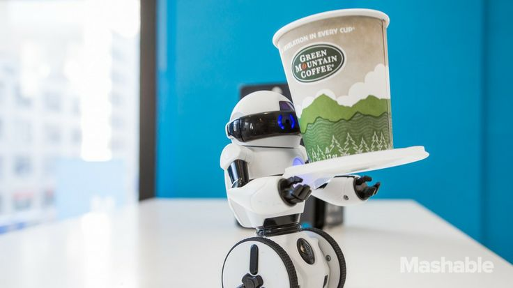 WowWee's MiP balancing robot offers impressive consumer-level robot technology at a not-too-bad price, but the product still needs some polish.