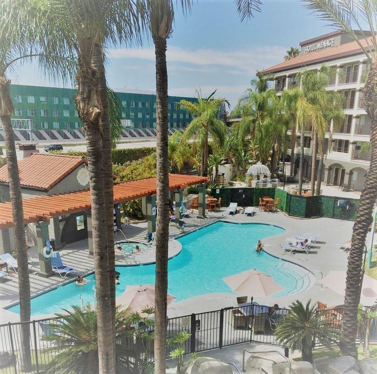 M s de 25 ideas incre bles sobre disney california hotel for Hotel luxury definicion