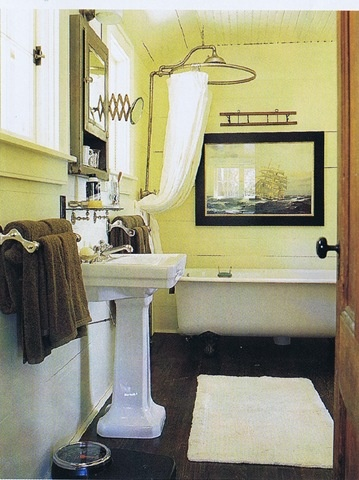 Small country bathroom