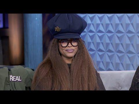 Erykah Badu Talks Hosting The Soul Train Awards