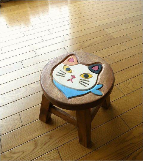 子供イスチェアー椅子幼児ネコねこキャットウッドスツールかわいいホワイトシロネコ白猫リビング花台子供椅子スカーフ白ネコさん