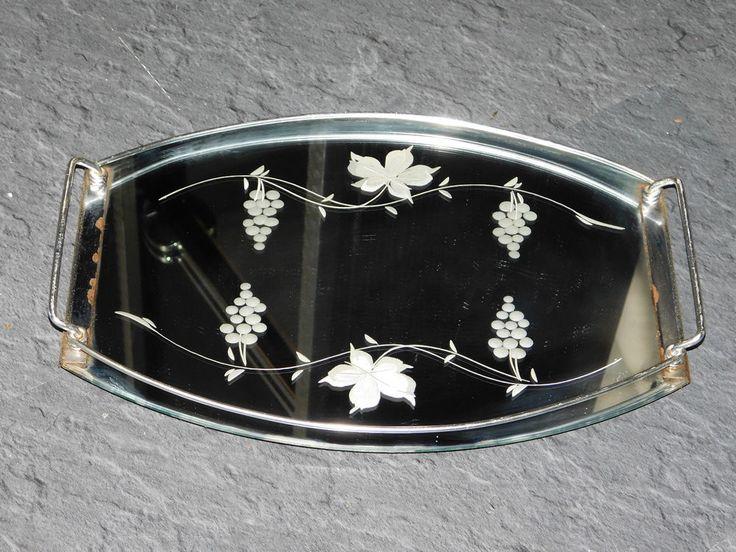 les 25 meilleures id es concernant miroir grav sur pinterest gravure sur verre cricut. Black Bedroom Furniture Sets. Home Design Ideas