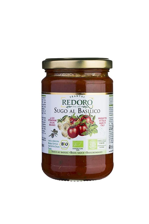 Deliciuos salse tomato and Basil in organic extravirgin olive oil Redoro Frantoi Veneti