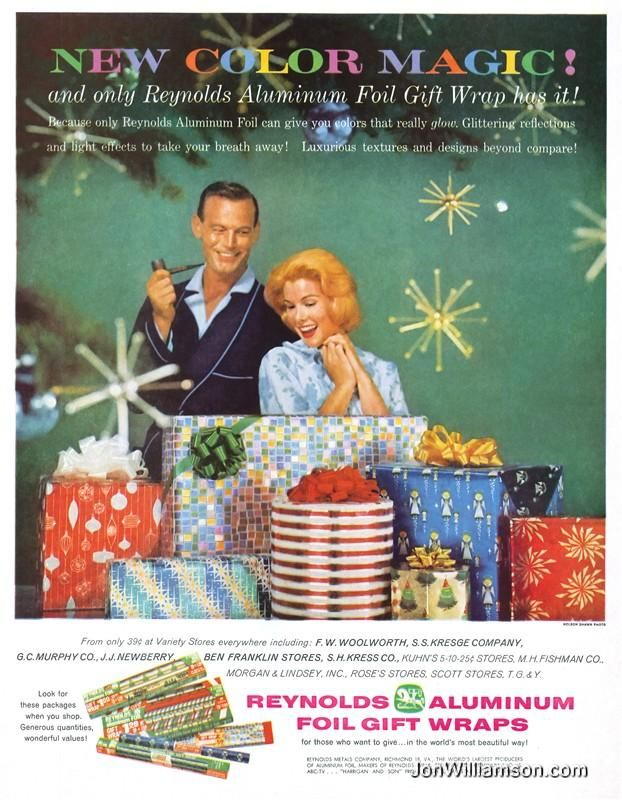 Reynolds Aluminum Foil Gift Wraps Vintage Christmas Ad