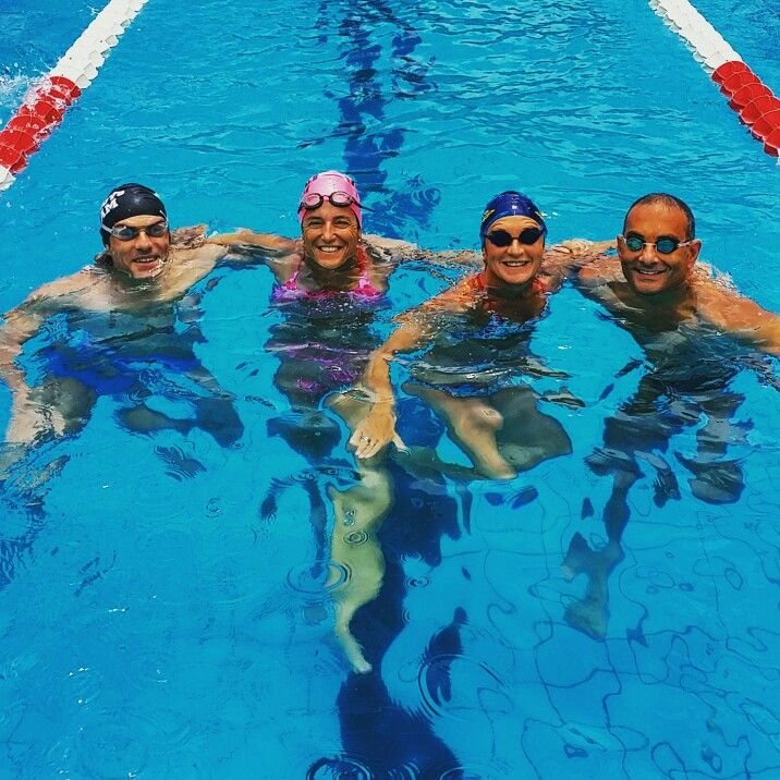 Boneswimmer people