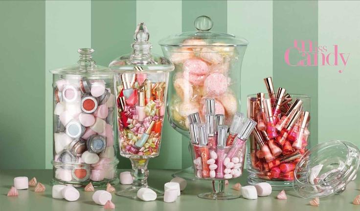 Baisers sucrés, ongles à croquer, paupières macarons... cédez à la tentation des nuances bonbons Miss Candy de L'Oréal Paris !