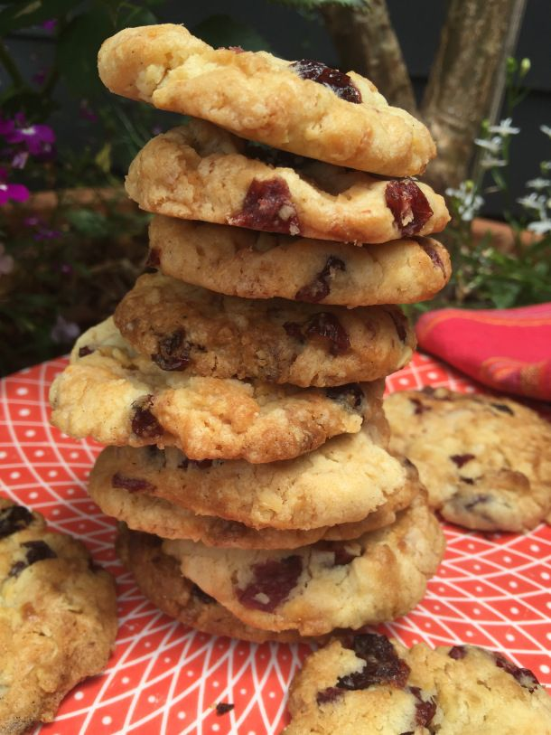 White Chocolate, Cranberry and Sour Cherry Cookies: Christmas Baking | The Quirk…
