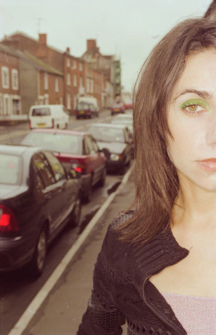 PJ Harvey in Bridport, 2000 Photographer: Sean Murphy