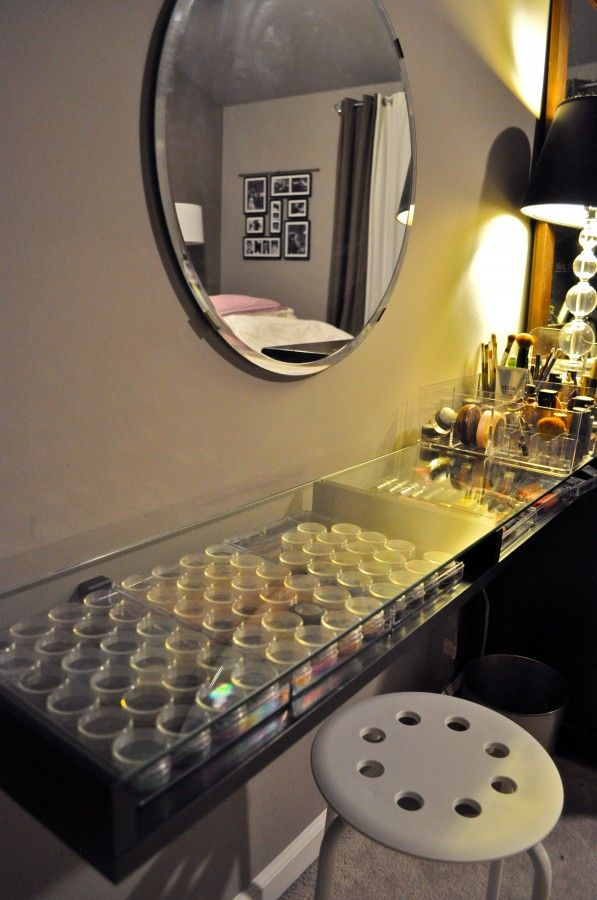 DIY: The Most Amazing, Clean, Well Organized Make Up Table