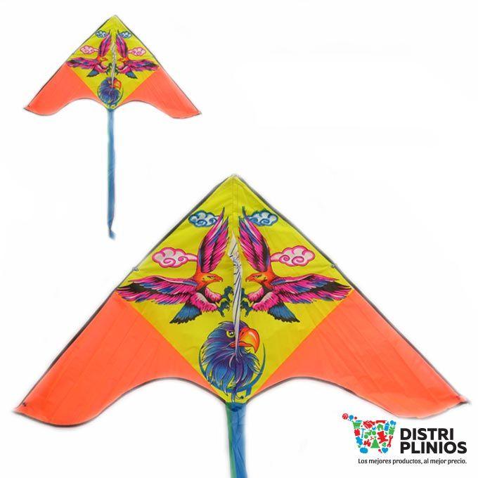 Cometa Con El Dibujo De Tres Águilas Divertida cometa con el dibujo de una águila , se vende mínimo 6 unidades, ideal para la temporada de agosto. Medidas Alto 70 cms Largo: 136 cms cola 110 cms de larga Para ventas al por mayor comuníquese al 320 3083208 o al 3423674 en Bogotá