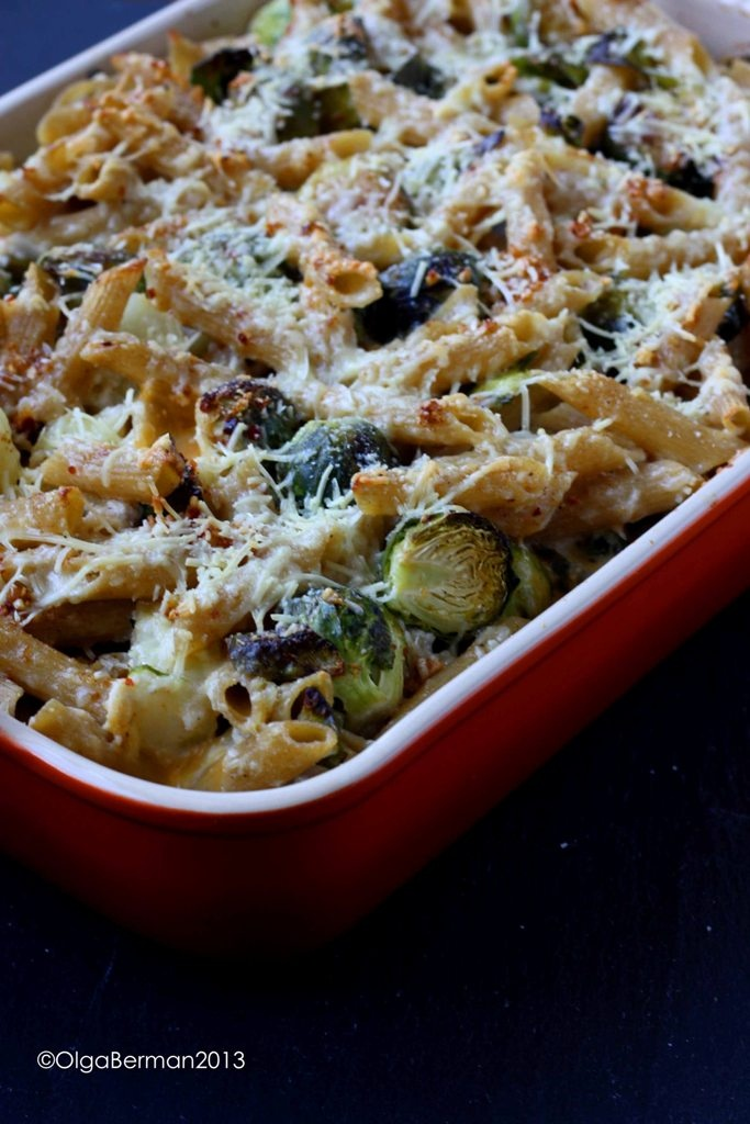 This dish is 90% inspired by Nigella Lawson's Whole Wheat Pasta with Brussels Sprouts & Potatoes from Nigellissima Cookbook. But OF COURSE I made quite a few changes ;)