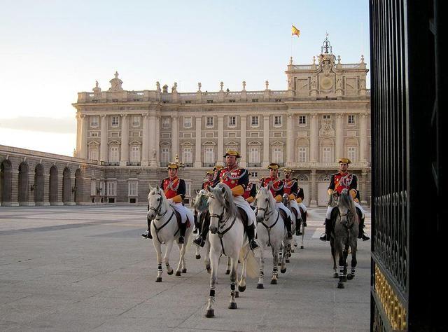 Palacio Real desfile de la Guardia de Palacio