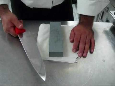 Un estilo de afilar cuchillos.