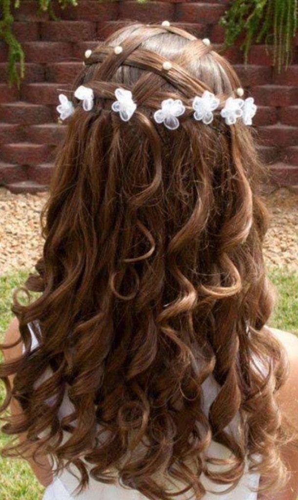 Kinderfrisuren Mädchen Hochzeit Offene Haare Locken Netz Flechten